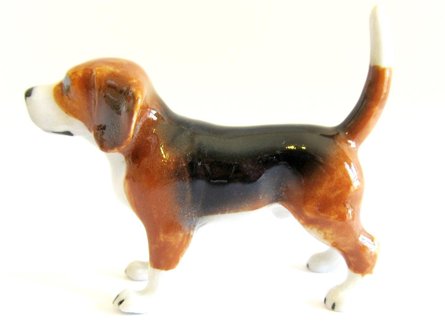 Miniature Porcelain Beagle Dog Figurine approx 4.75cm High